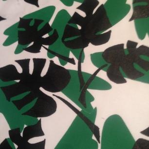 Black Palm Print